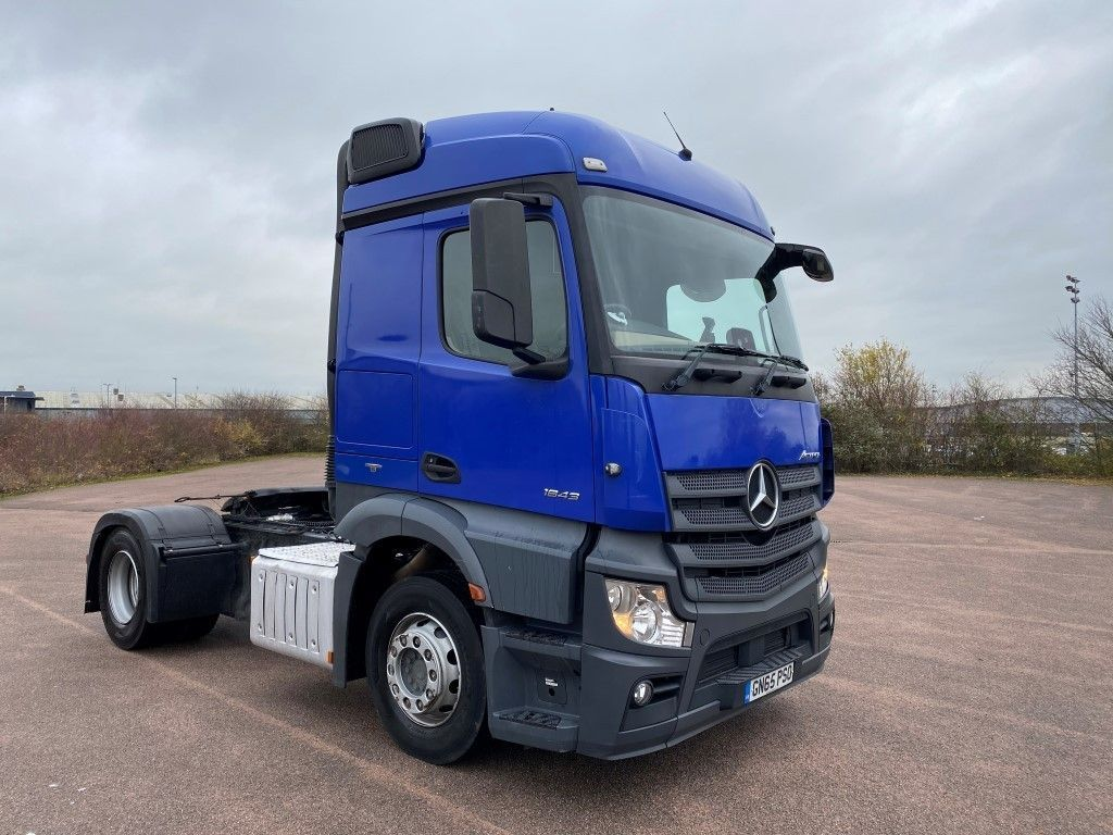 Mercedes-Benz Actros 1843LS Euro6 Tractor Unit - image 1
