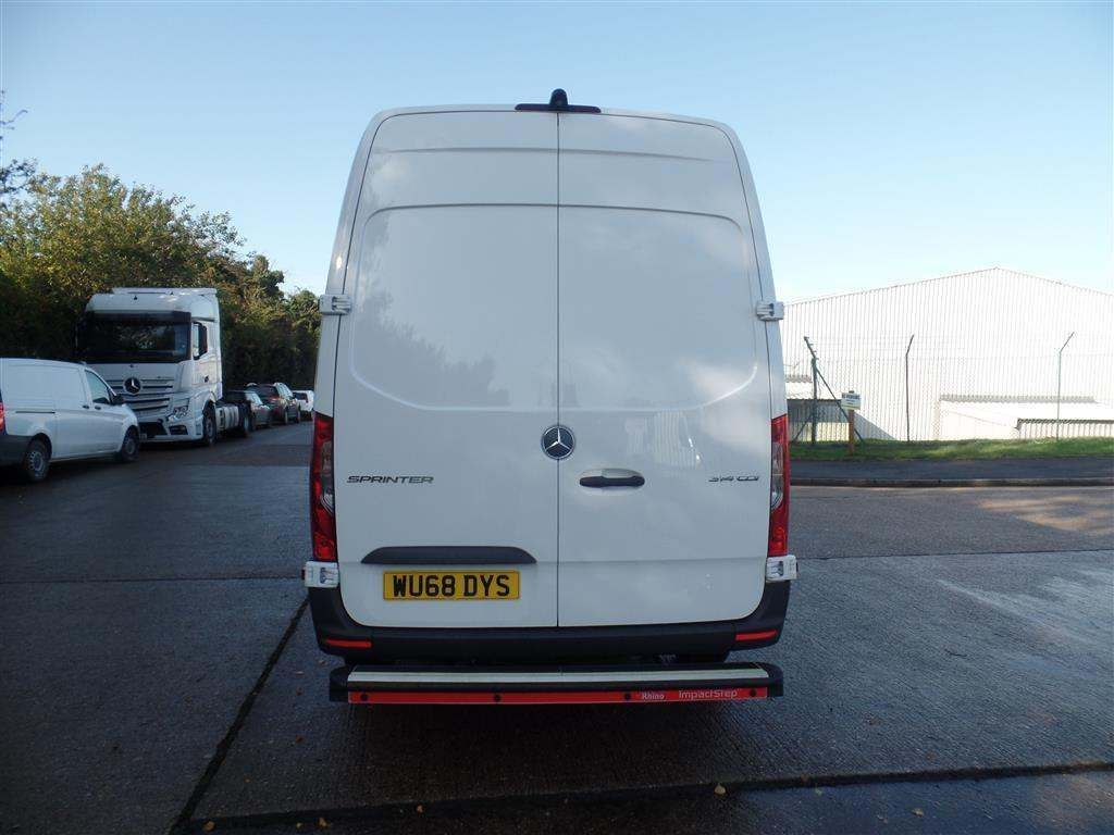 Mercedes-Benz Sprinter 2.1 CDI 314 Panel Van 5dr - image 5