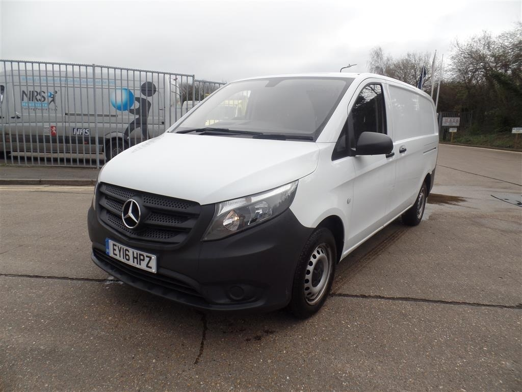 Mercedes-Benz Vito 2.1 114CDI Long Panel Van 5dr (EU6) - image 1