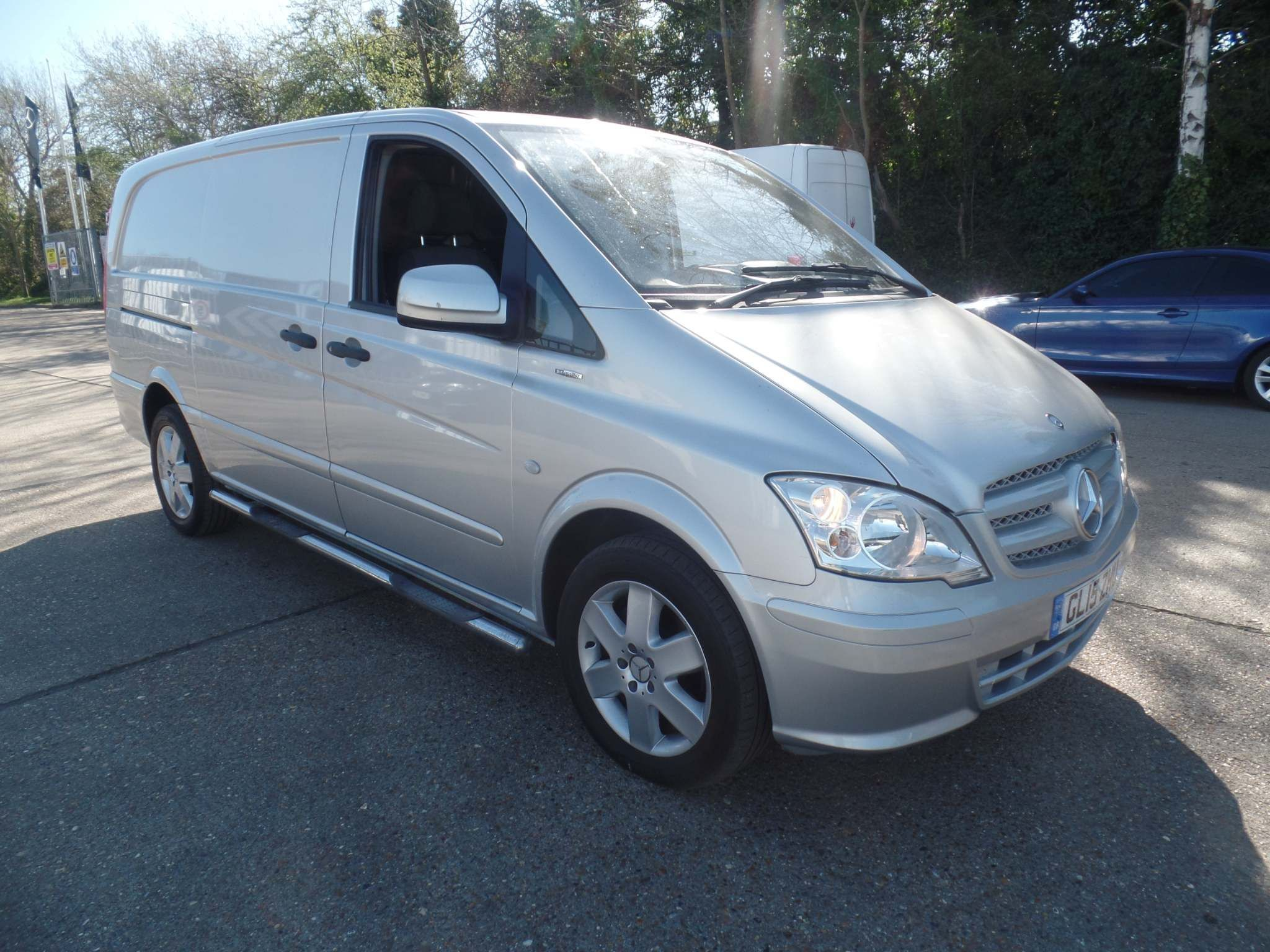 Mercedes-Benz Vito 2.1 116CDI BlueEFFICIENCY Long Panel Van 5dr (EU5) - image 2