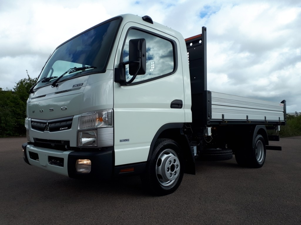 FUSO Canter 3C13 3 WAY TIPPER AIR CON - image 1
