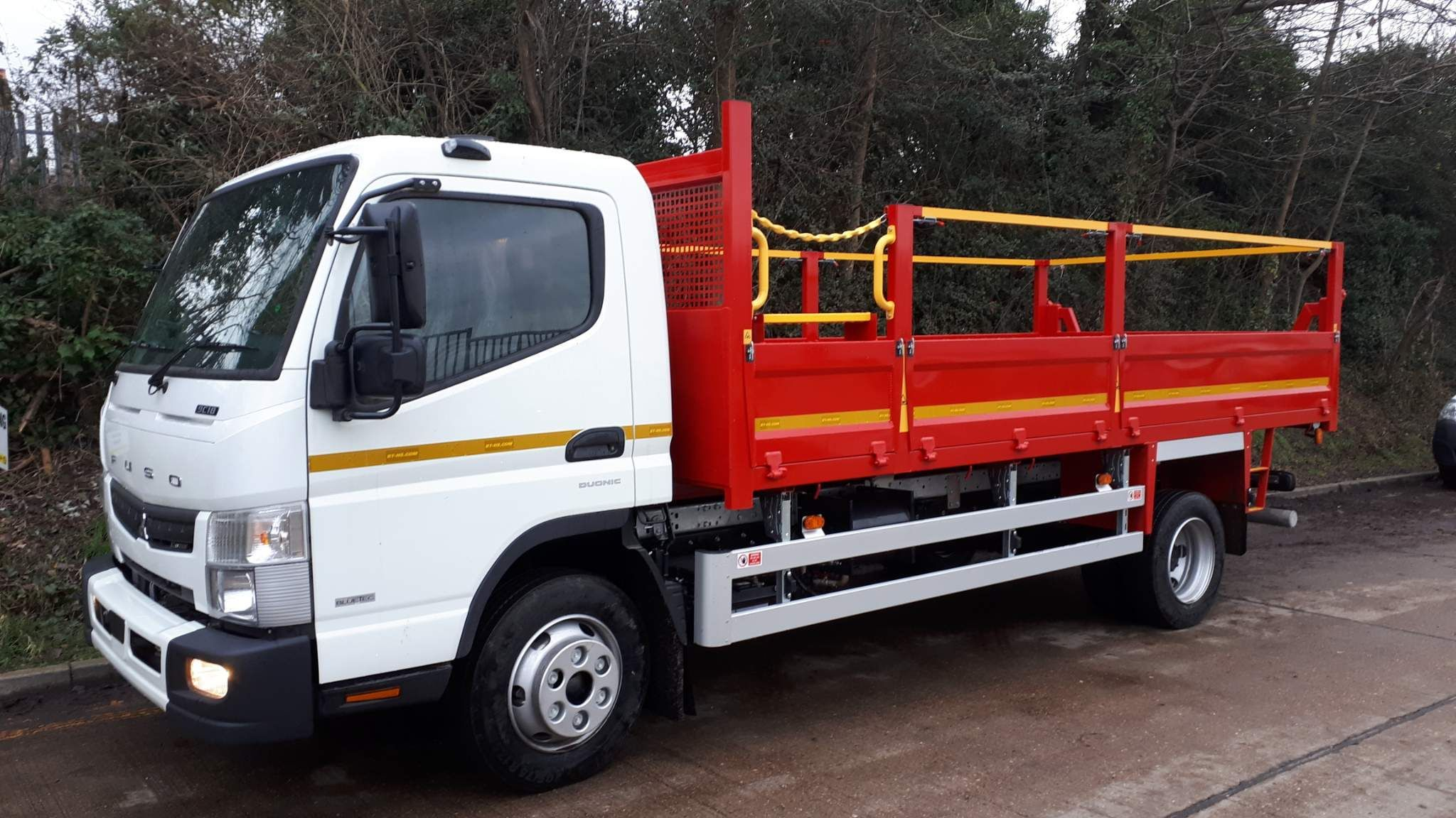 FUSO Canter 9C18 Duonic Steel Tipper