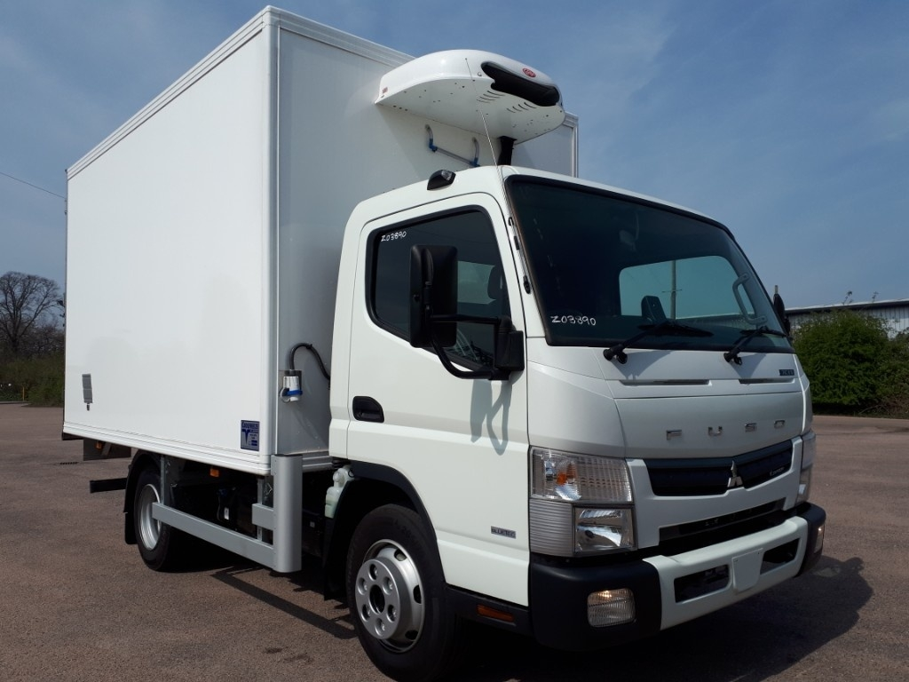 FUSO Canter 7C15 Freezer Box Body