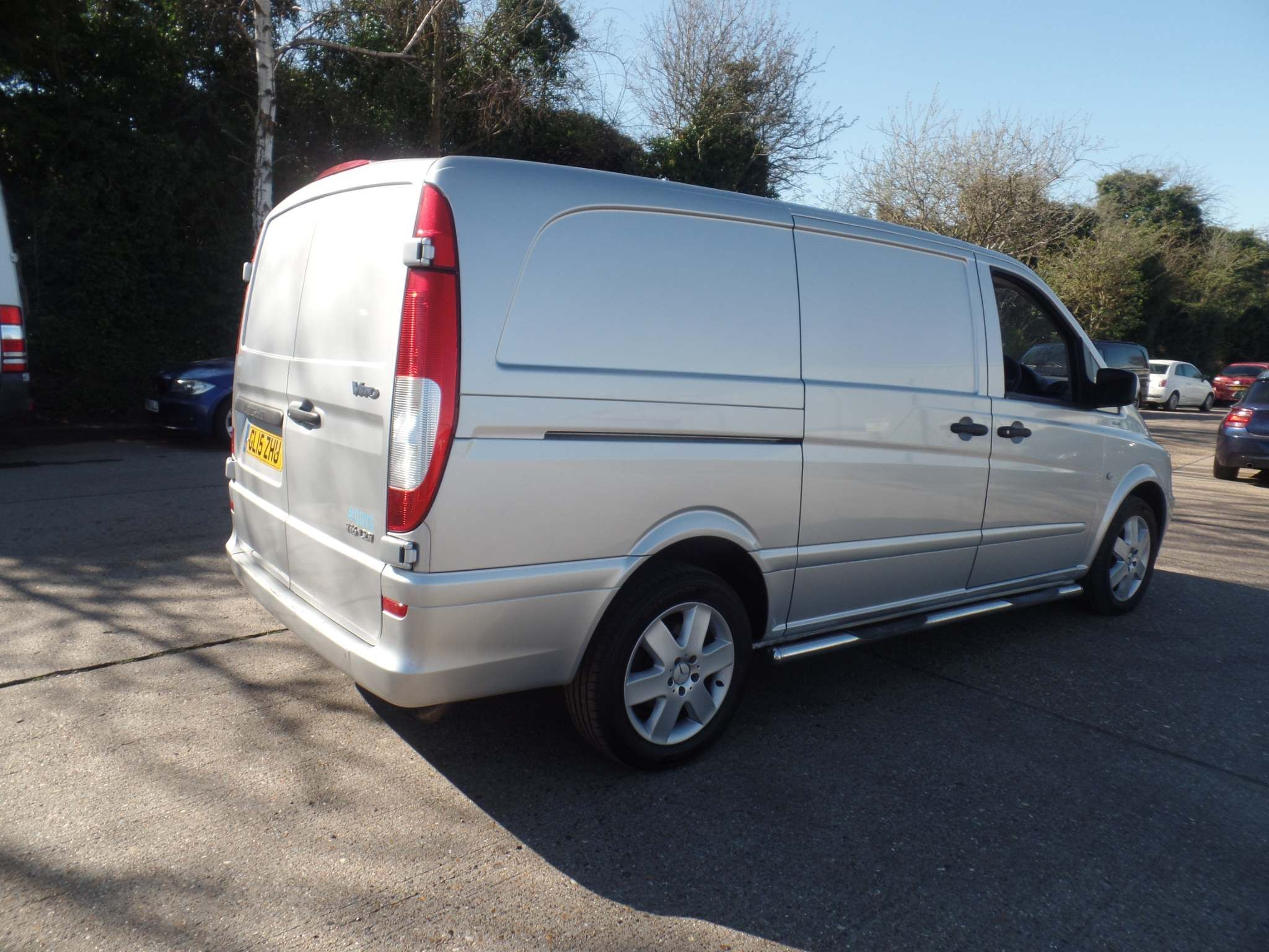 Mercedes-Benz Vito 2.1 116CDI BlueEFFICIENCY Long Panel Van 5dr (EU5) - image 5