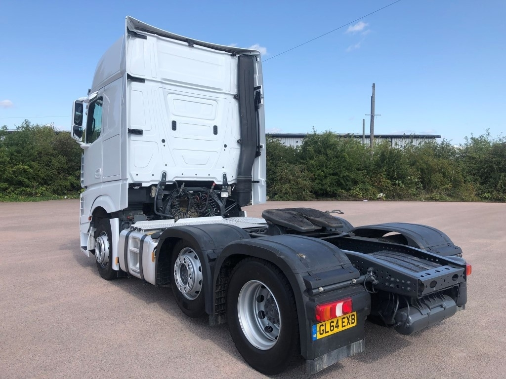 Mercedes-Benz Actros 2551LS Euro 6 Gigaspace - image 3
