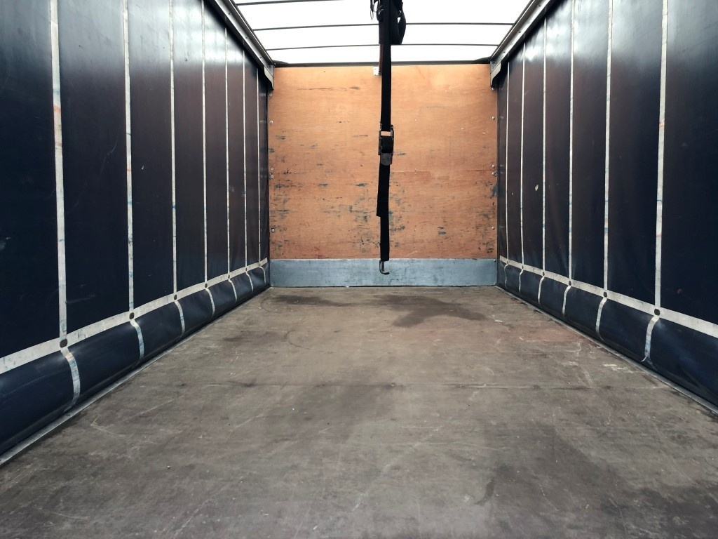 FUSO Canter 7C15 Curtainsider - image 5