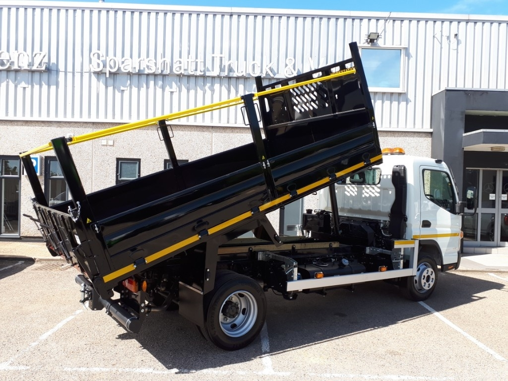 FUSO Canter 7C15 INSULATED TIPPER - image 3