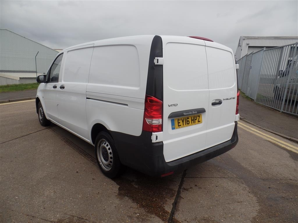 Mercedes-Benz Vito 2.1 114CDI Long Panel Van 5dr (EU6) - image 4