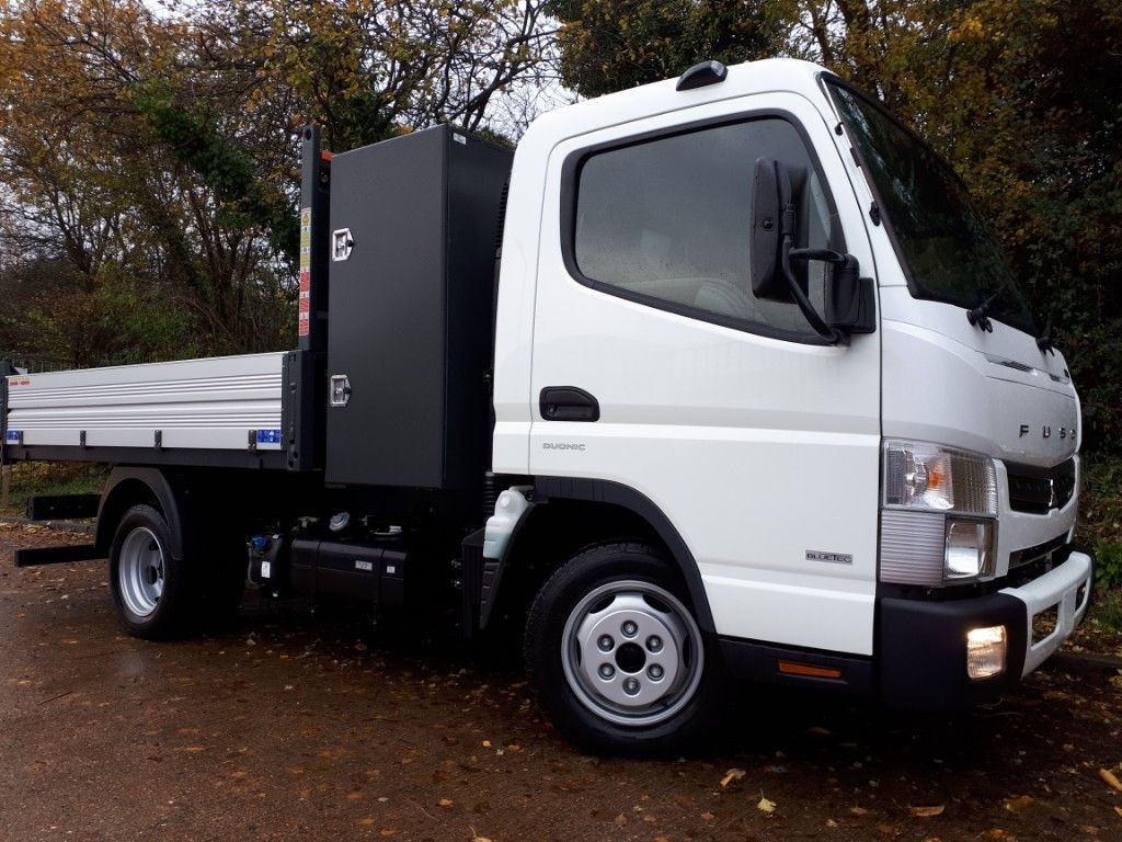FUSO Canter AUTOMATIC Tipper+Toolpod - image 2