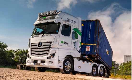 Stunning Mercedes-Benz Actros is a 'tag match' winner for Ontime Logistics
