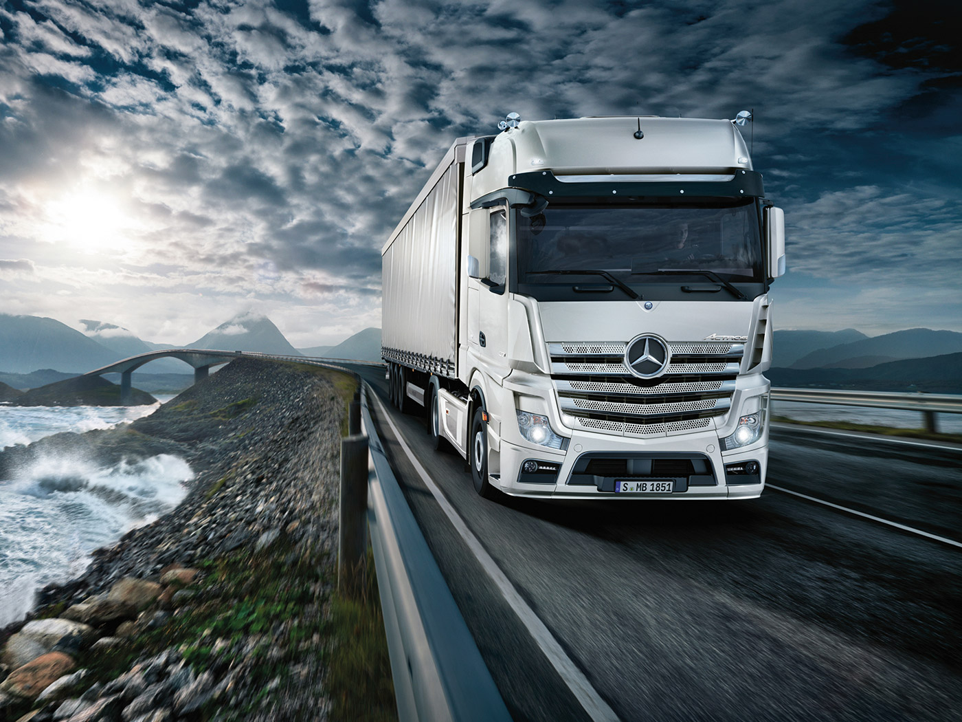 The New Mercedes-Benz Actros Truck | Sparshatt Truck and Van